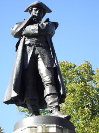 John Howard's statue in Bedford | photo: Stuart Antrobus