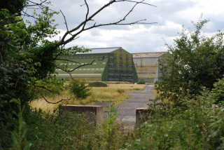 Cardington Airship hangars | photo: Ewart Tearle