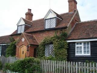Warden Street, Old Warden: Whitbread Estate cottage 1775   photo: Elisabeth Field